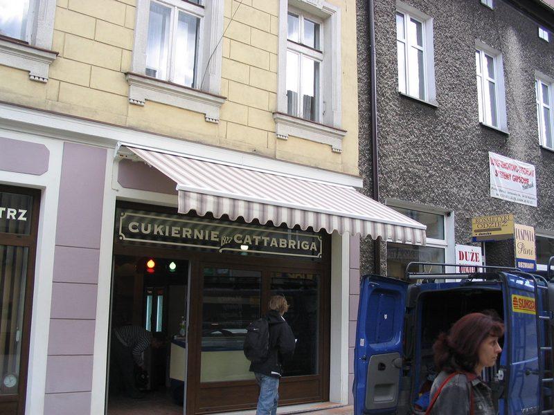 Markizy komercyjna do kawiarni